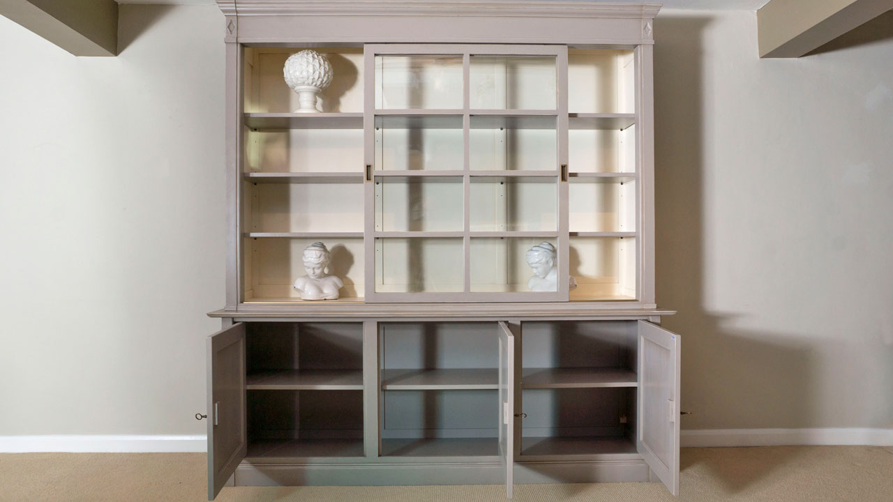 Siguier Cabinet - Front View - Open