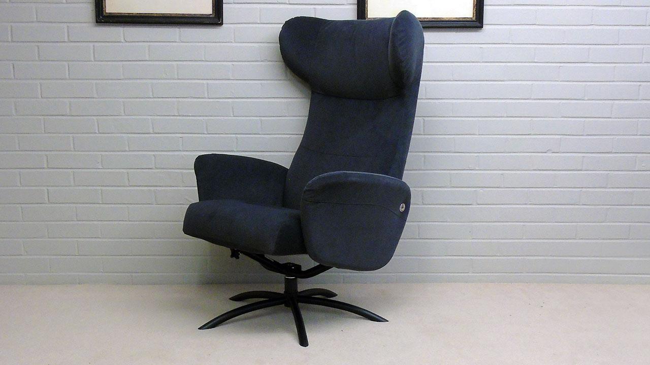 Arai Recliner Chair - Angled View