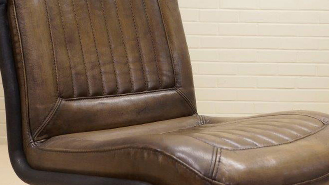 Carl Metal Chair - Detail View