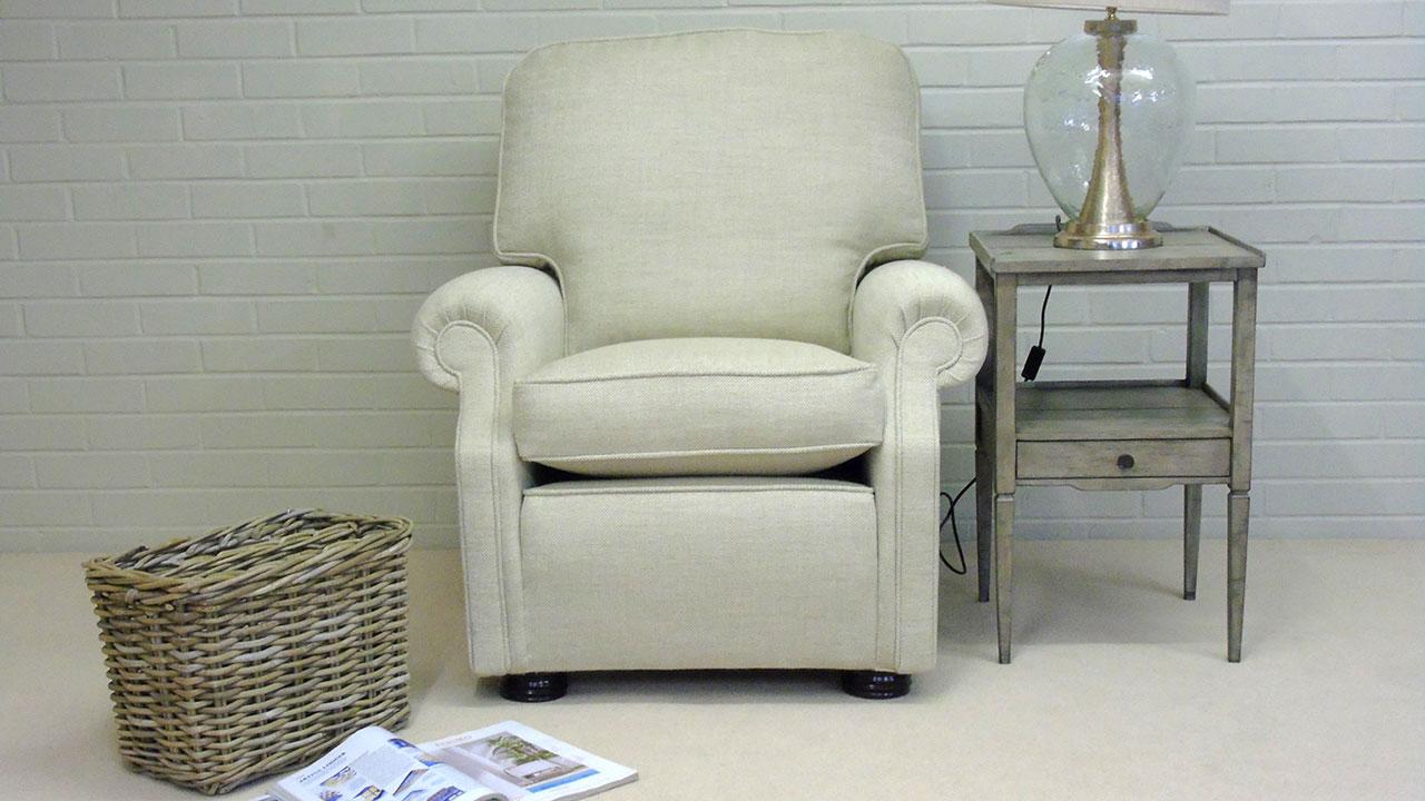 Carlisle Chair - Front View - Alternative