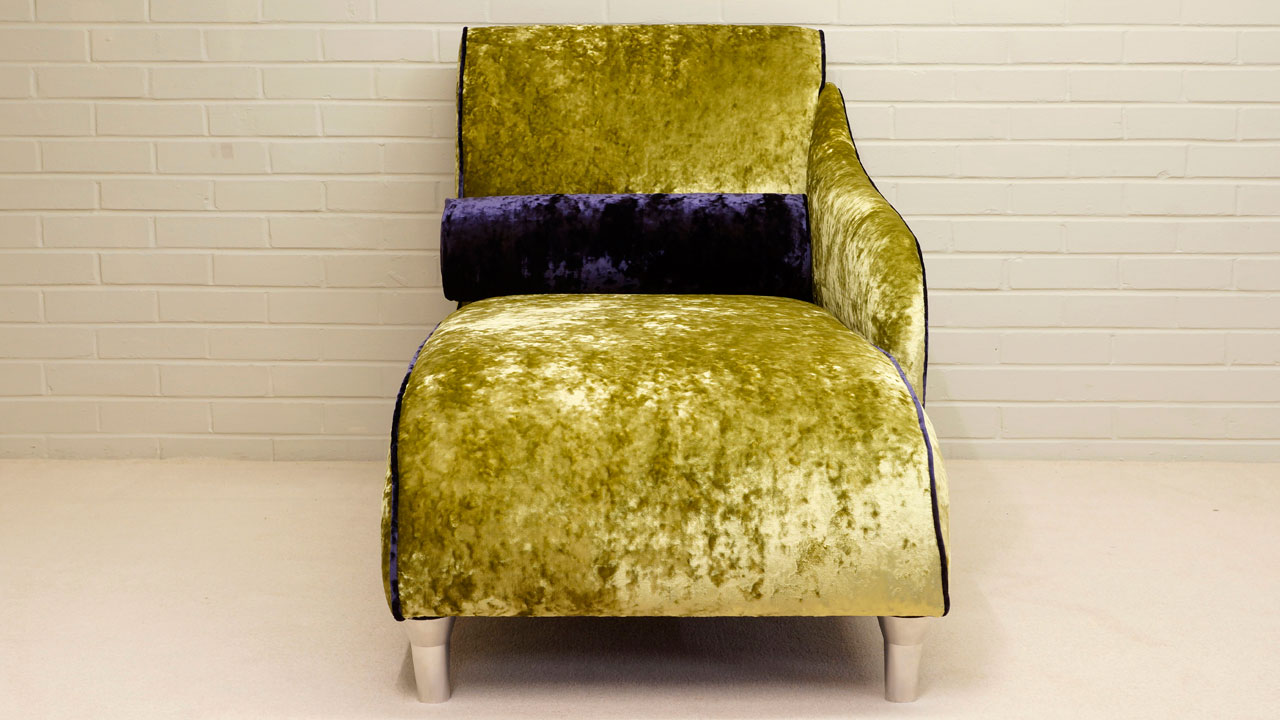 Chaise Longue - Side View
