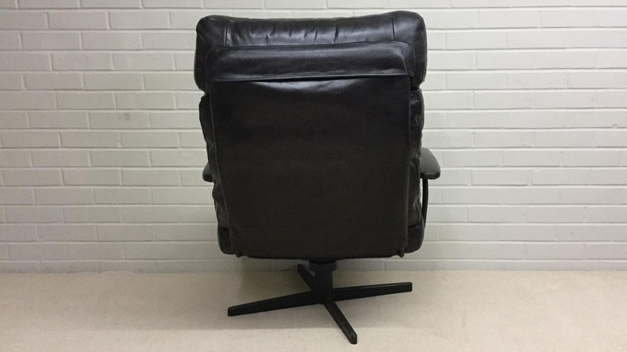 Eddy Swivel Chair - Back View