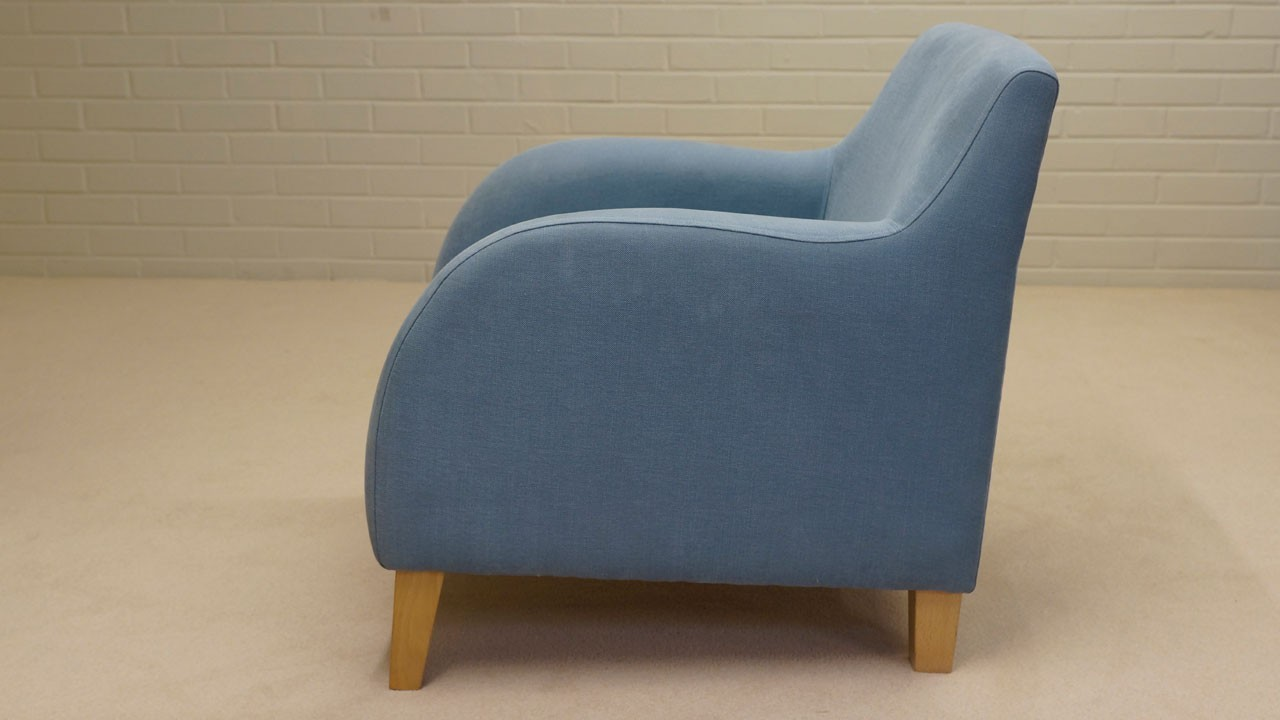 Metro Chair - Side View