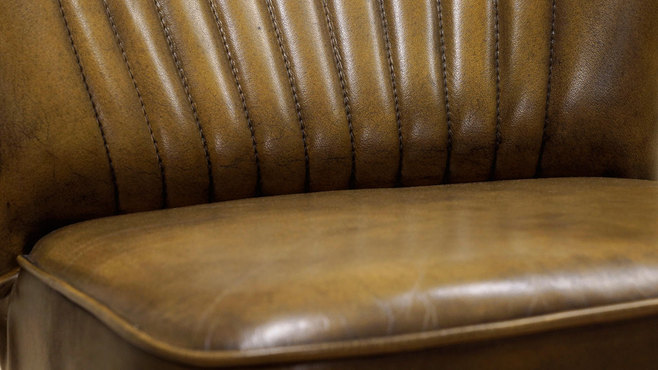 Mike Chair - Detail View