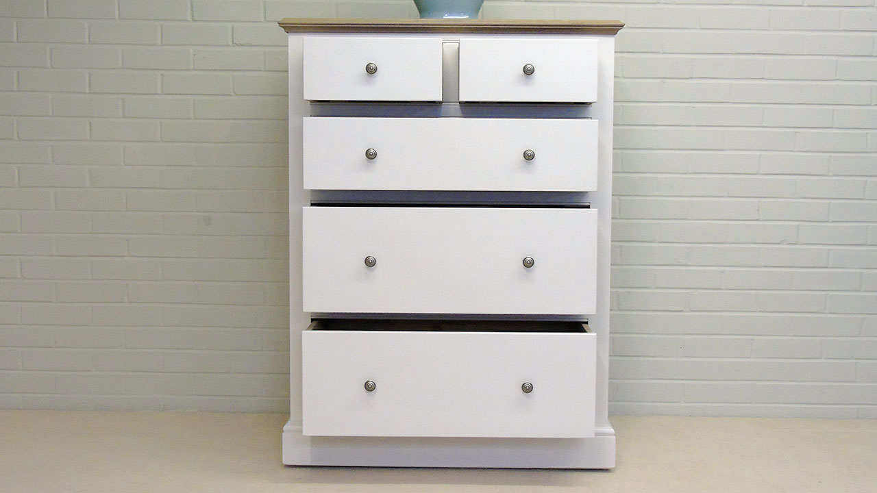 Chatsworth Chest (2 over 3) - Front View - Drawers Open