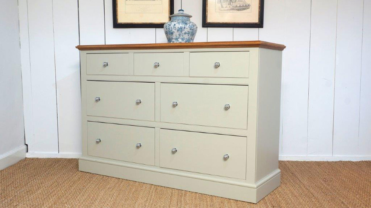 Chatsworth 7 Drawer Multi Chest - Angled View