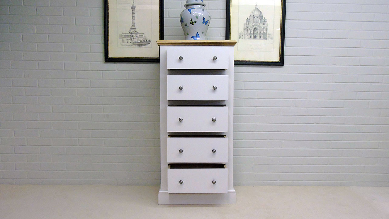 Chatsworth Wellington Chest - Front View - Drawers Open