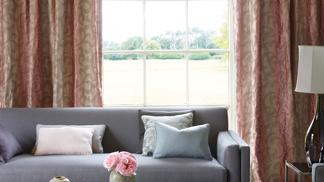 Curtains Example 1 - Main Image