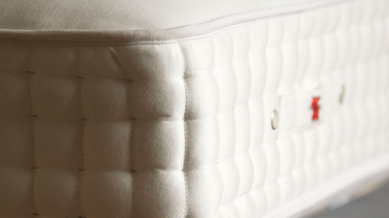 Highgrove Mattress - Side Detail View