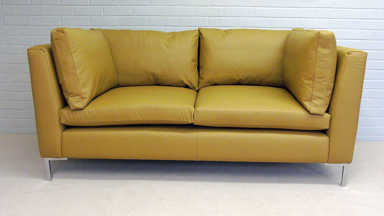 Capri Sofa - Front View - Leather