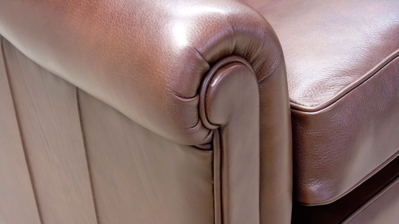 Duresta Sunday Sofa - Detail View