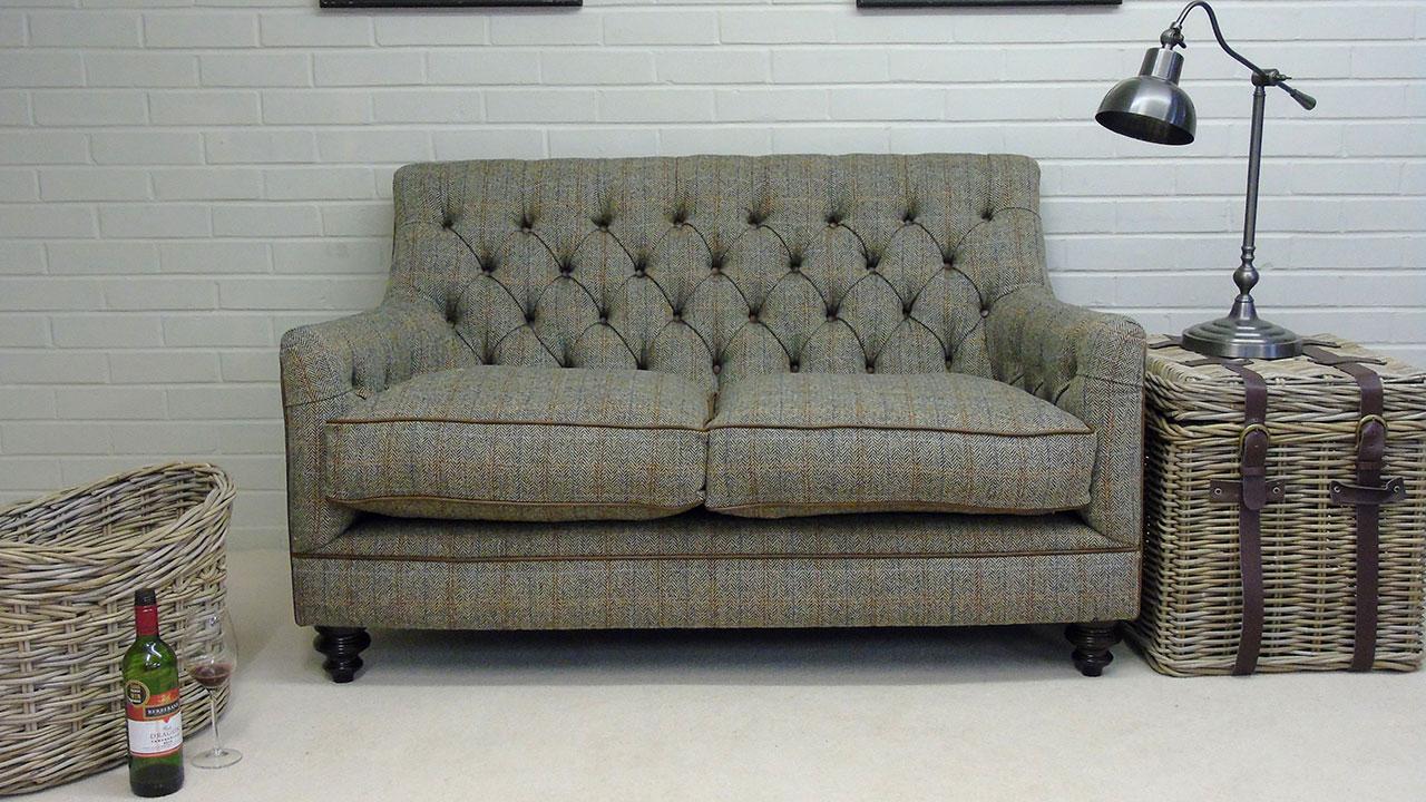 Guillane Sofa - Front View - Alternative