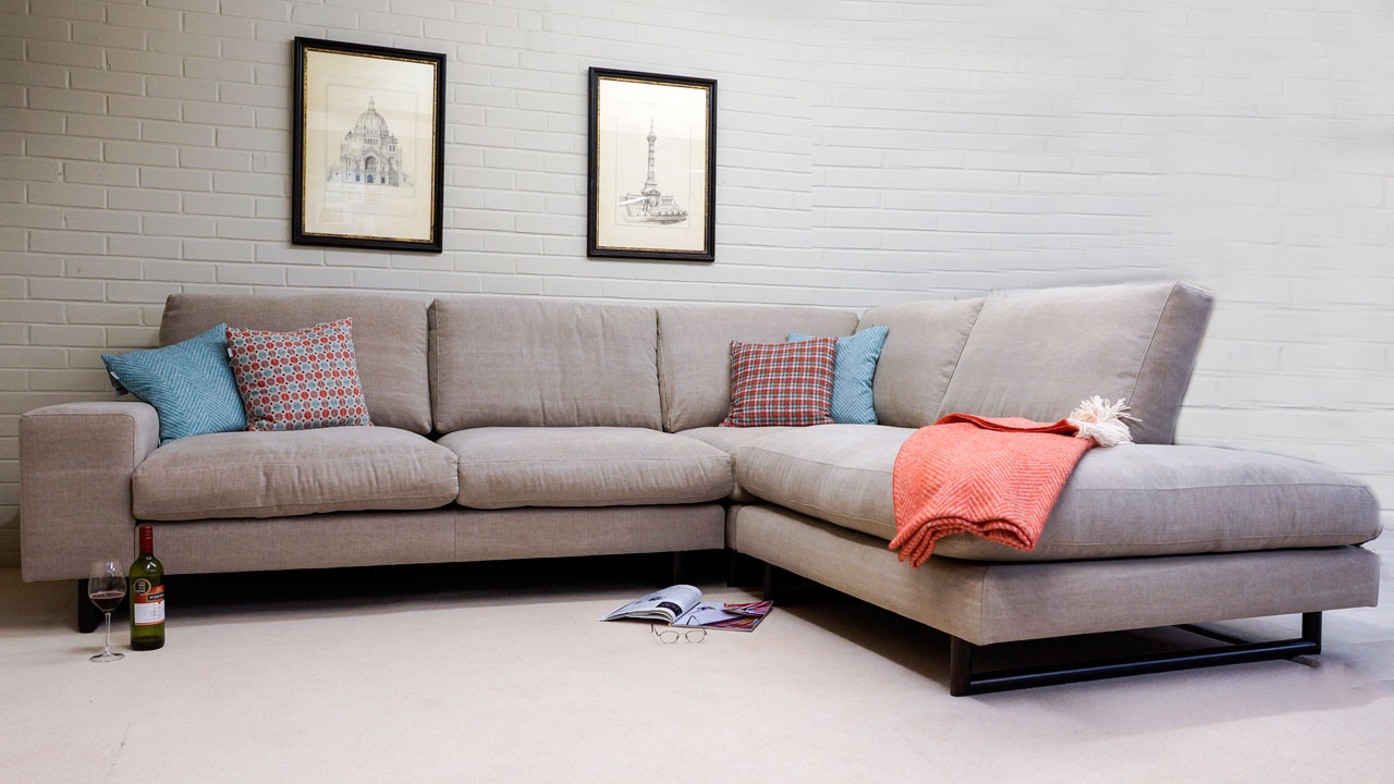 Zow Corner Sofa - Front View