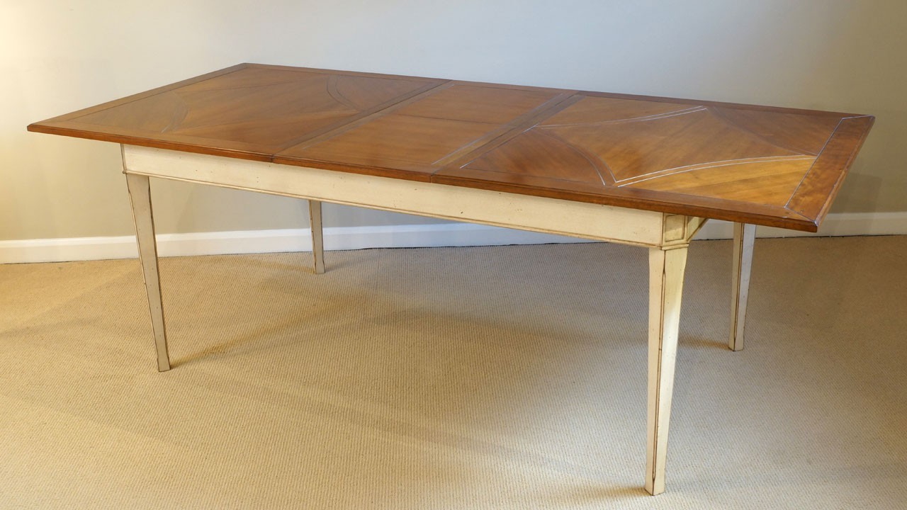 Carte Blanche Dining Table - Extended View