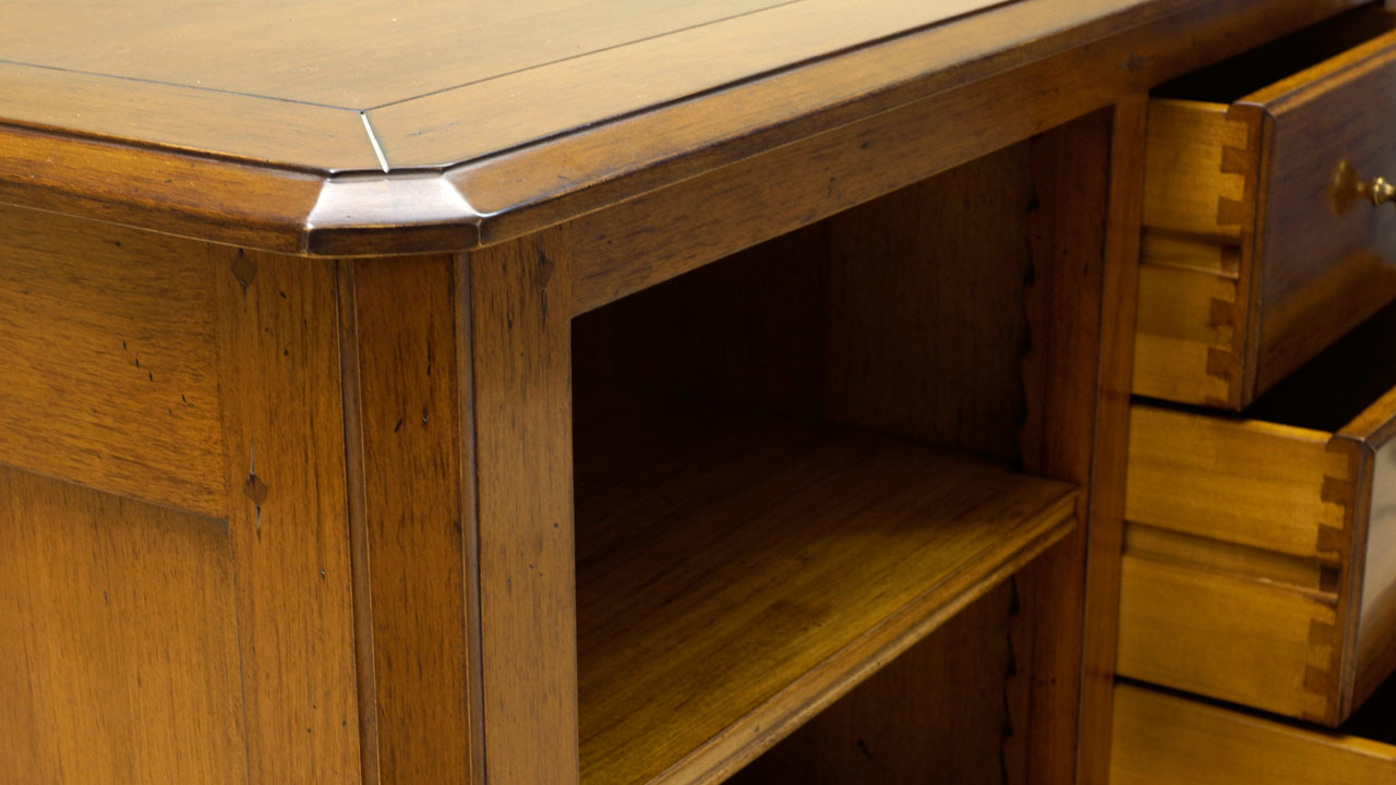 Provence TV Cabinet - Detail View