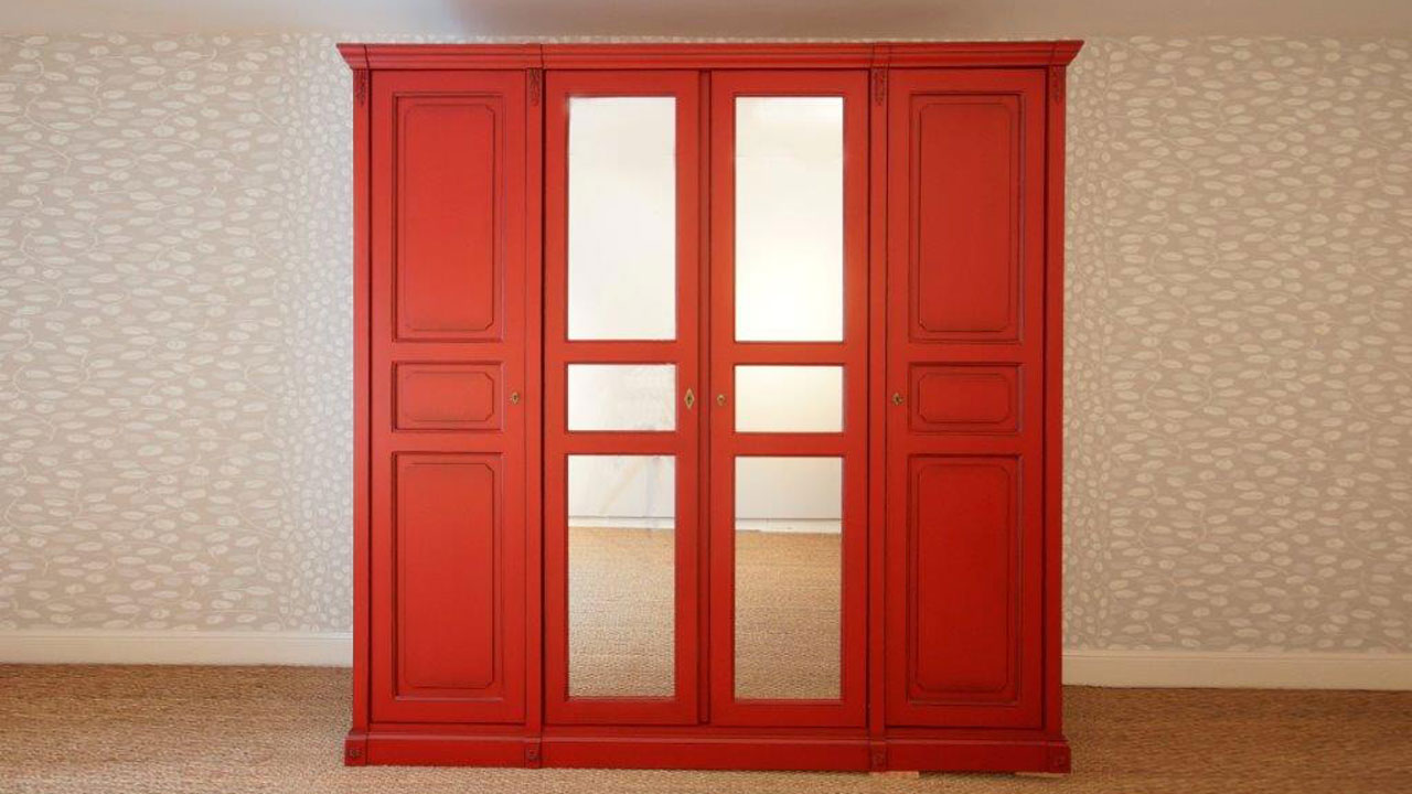 Siguier Red Wardrobe (ex display) - Front View